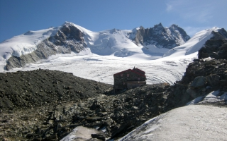 Mountain hut tour