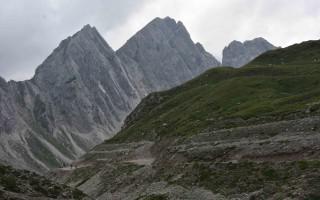 Lienz Dolomites ~ Mountain tour to the Karlsbader Hut