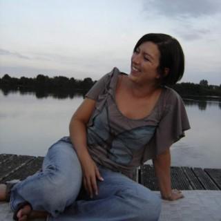 Isabelle Maes